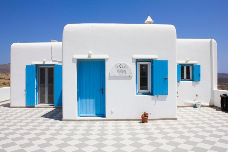 Veranda of Villa Oniron - Blue Cactus Villas: New, Modern, Fully-Equipped - Mykonos - rentals