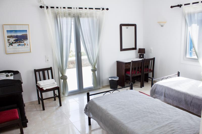Sinefon Bedroom - New, Modern Fully-Equipped Villa Apartment - Mykonos - rentals