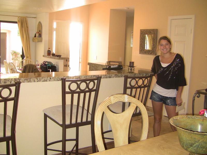 Bar/Kitchen Counter - Palm Valley CC - 2BR 2BA Stunning Remodel! - Palm Desert - rentals