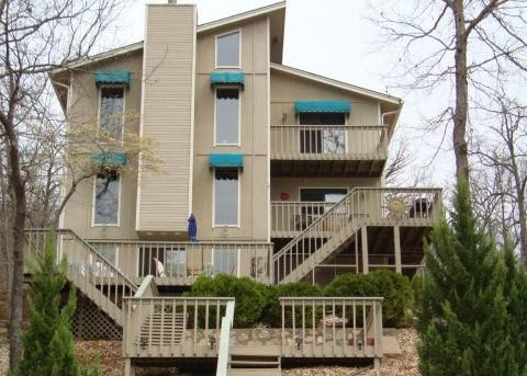 Paradise Cove - Unbelievable 4 Bedroom 3 Bath Lake Home. 10 MM Spring Cove. Great Hot Tub. - Image 1 - Sunrise Beach - rentals