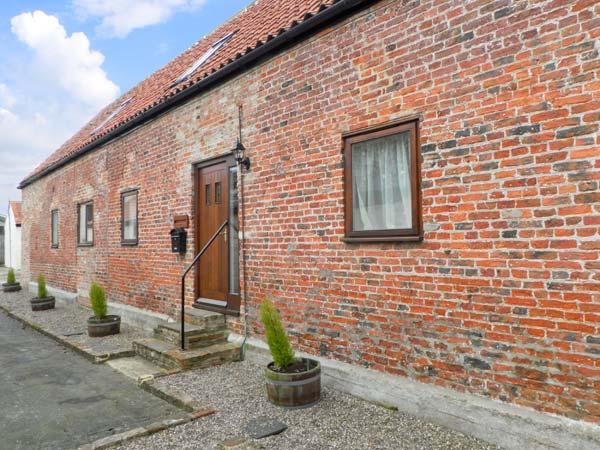 HAYLOFT COTTAGE, barn conversion, with open plan living area, roll top bath, and three bedrooms, in Stokesley, Ref 13999 - Image 1 - Stokesley - rentals