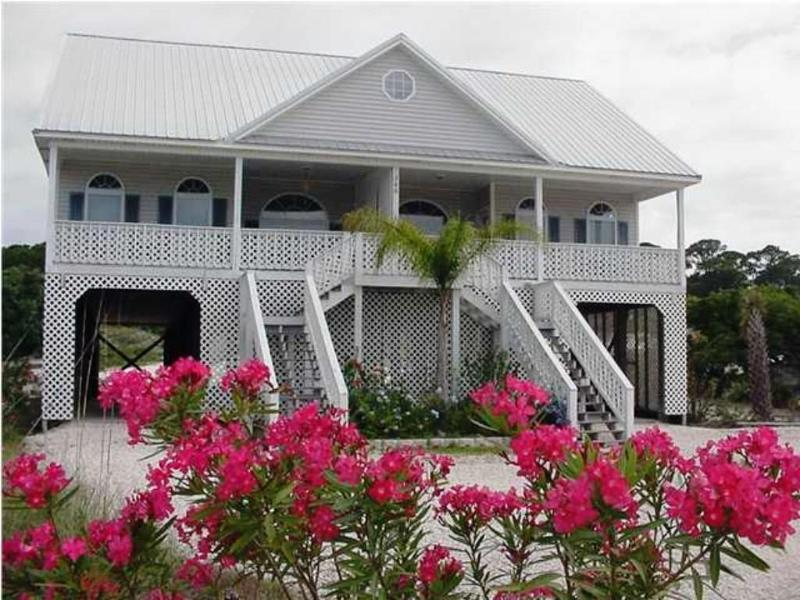 Front view - JUNE, JULY WEEKS STILL AVAILABLE! Gulf, Pool, Pet! - Dauphin Island - rentals