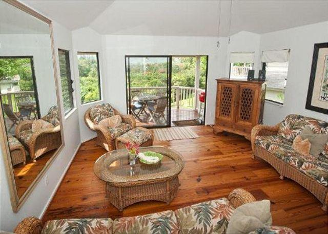 Amazing views from this Hanalei Bay Villa! - Image 1 - Princeville - rentals