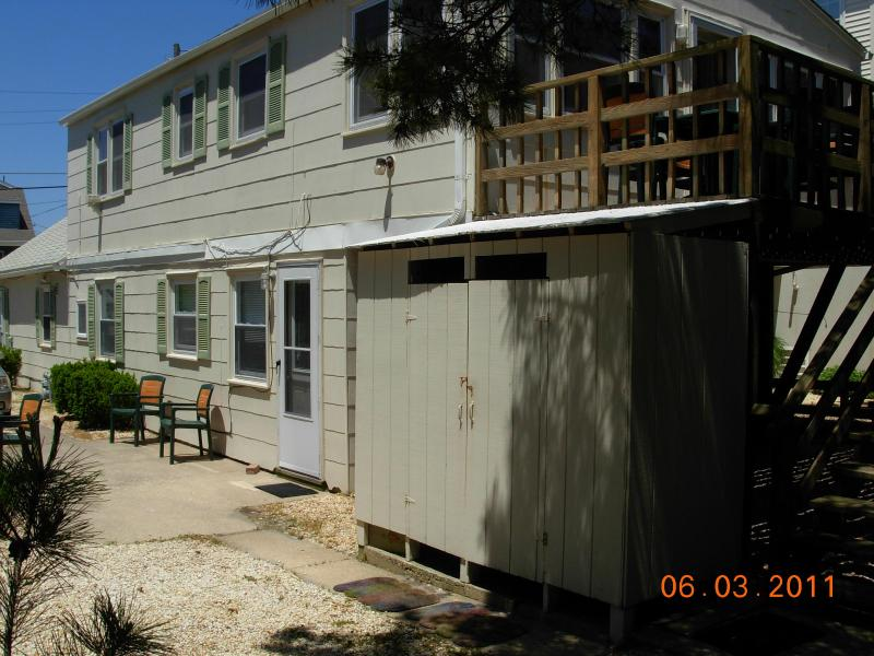 One House From the Beach/Beach Haven, LBI - Image 1 - Beach Haven - rentals