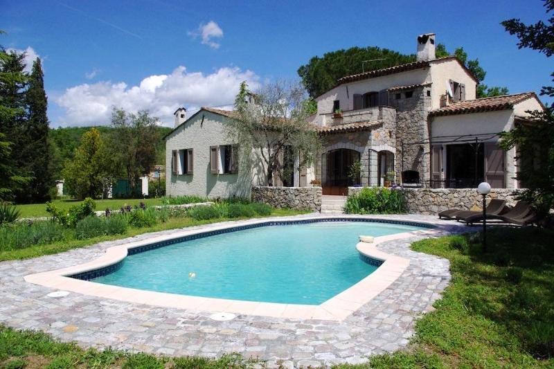 View of the villa from pool - Casa dei Papaveri, Spacious 3 Bedroom Villa with a Garden and Terrace - Saint-Cezaire-sur-Siagne - rentals