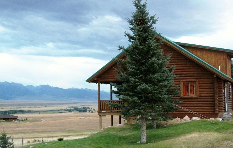 Great deck and view of the Madison River Valley - Harris Hideaway - Ennis - rentals