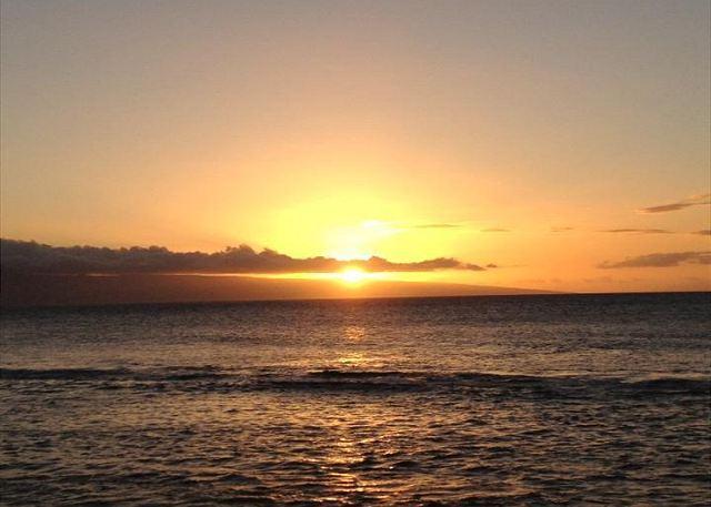 Nohonani #402 Beautiful Direct Oceanfront - Image 1 - Lahaina - rentals