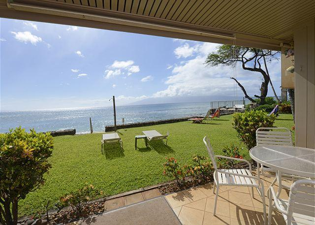 The Pikake Water is 20ft Away!! - Image 1 - Lahaina - rentals
