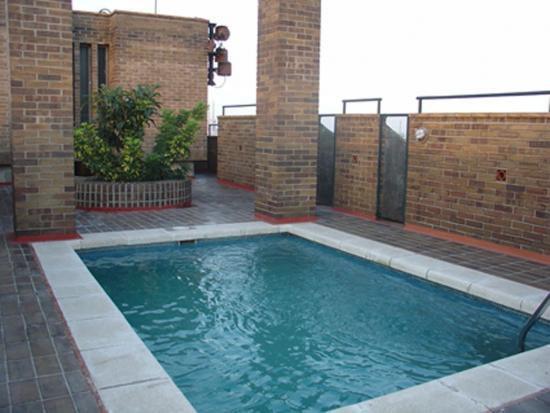 Community pool area - Attractive holiday apartment Barcelona - Barcelona - rentals