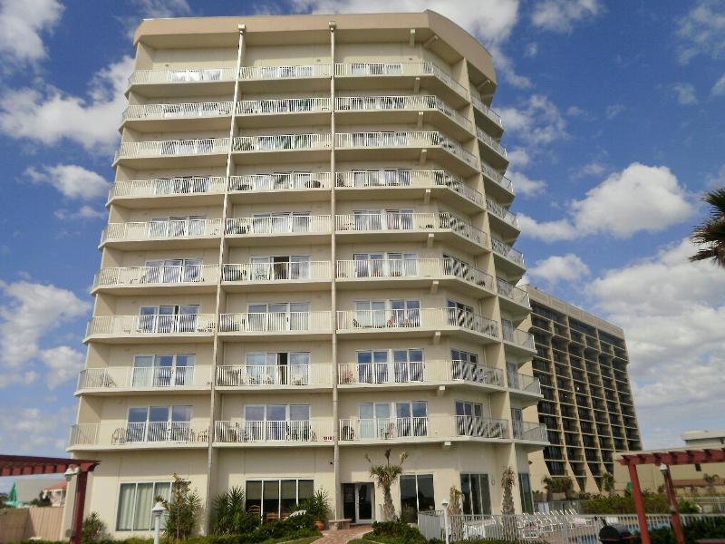 Aquarius condominiums - Aquarius - Beachfront - great view of the beach - Port Isabel - rentals