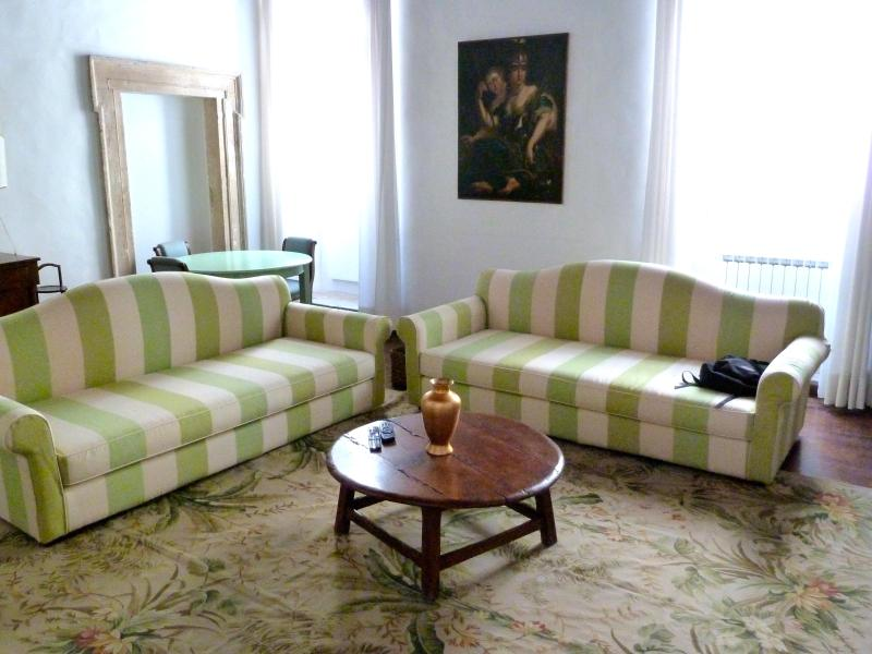 sofa beds - CrownOrsetto Palatial Comfy & Cosy, Piazza Navona! - Rome - rentals