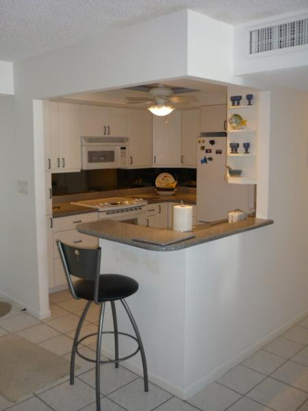 Beautiful Open Kitchen - Trendy Beachfront Condo with relaxing Gulf views from the balcony - Marco Island - rentals