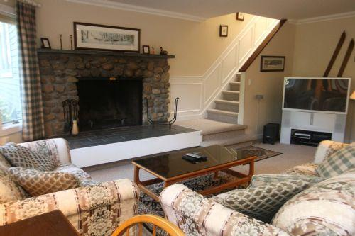 Mountain Views at Topnotch #384B - Image 1 - Stowe - rentals