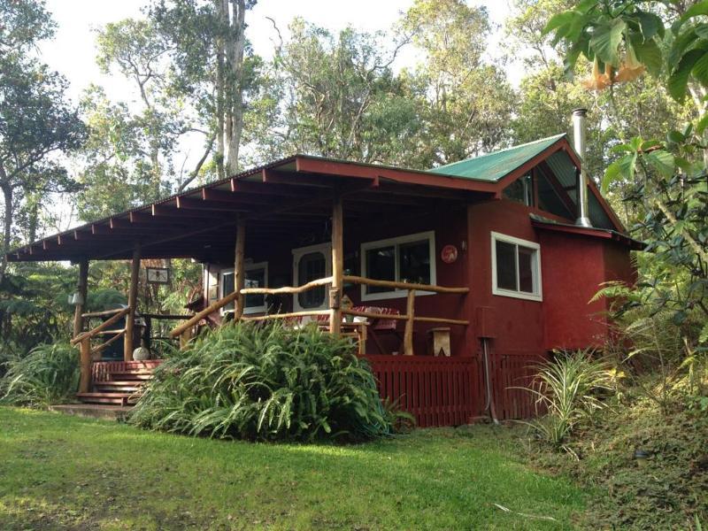 Private cabin nestled in the forest - Carson's Mountain Cabin - Kailua-Kona - rentals