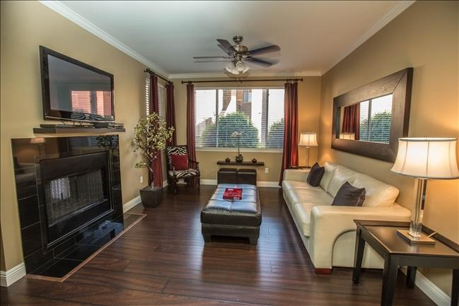 Spacious Living room with flat screen TV - Scottsdale Kierland-Multi units 1st opening 7/23 - Scottsdale - rentals