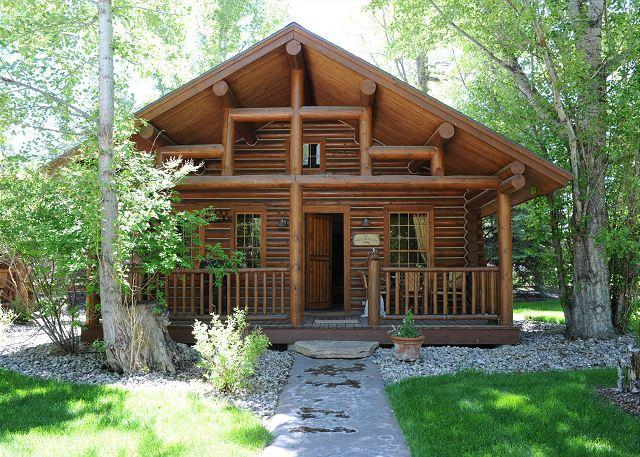 Ennis Homestead Yellowstone Cabin - Image 1 - Ennis - rentals