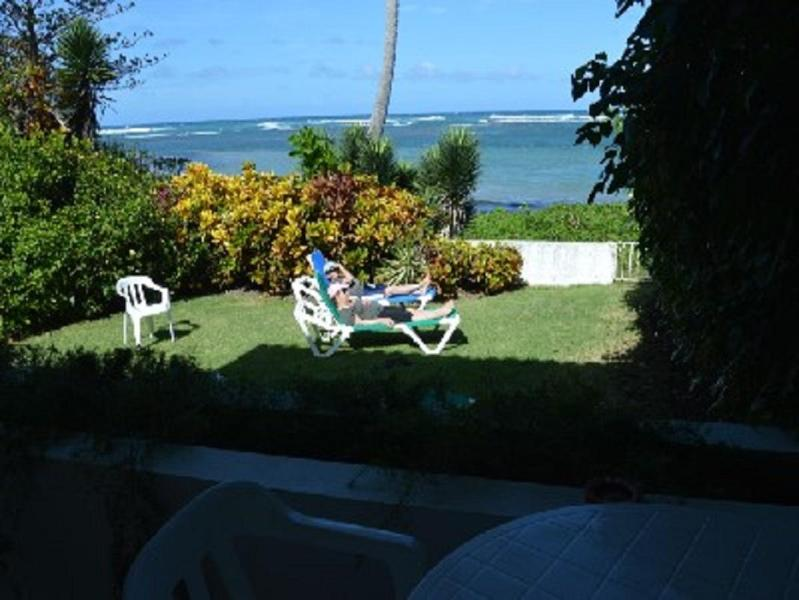 RELAX IN OUR BACKYARD FACING THE OCEAN - Ocean/beach front house on the edge of the ocean - Puerto Plata - rentals
