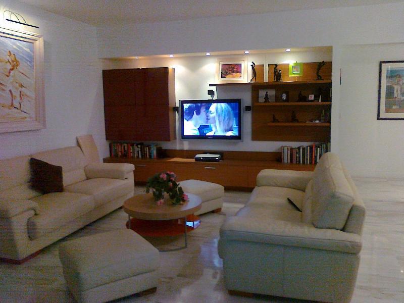 Romance on TV! - Villefranche Sur Mer - Outstanding 5 Star Apartment - Villefranche-sur-Mer - rentals
