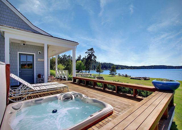 Waterfront Home Near Roche Harbor w/Hot Tub! - (Baute Bay Cottage) - Image 1 - Friday Harbor - rentals