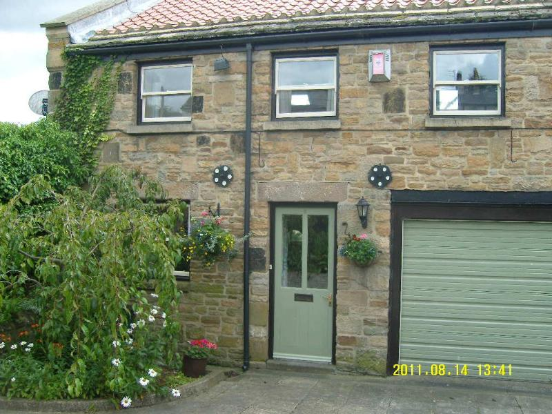 Barn House Mews, a comfortable barn conversion - Image 1 - County Durham - rentals