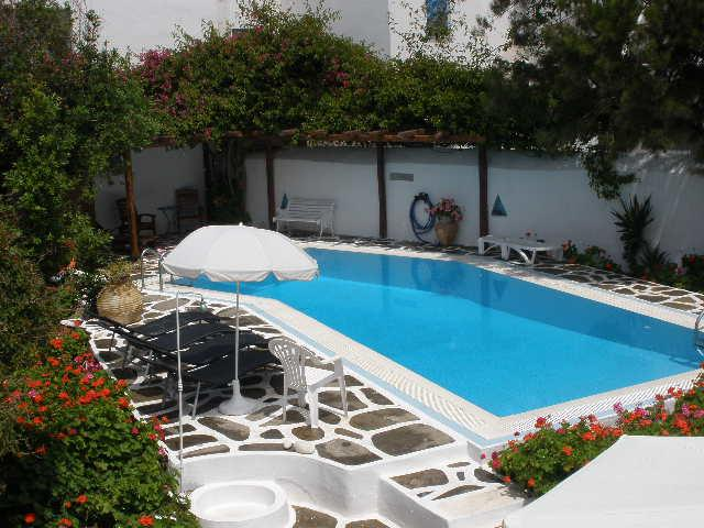Villa with private pool in the center of Naoussa - Image 1 - Naoussa - rentals