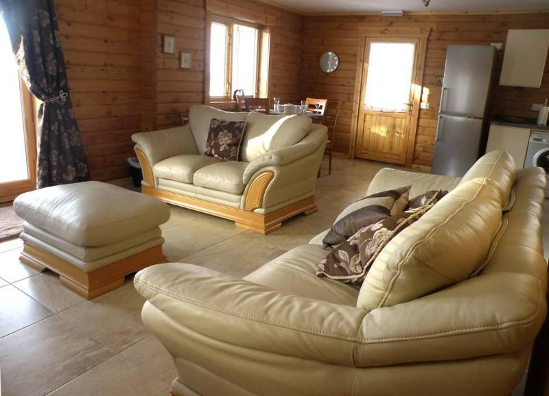 Hill of Maunderlea Lodges - Image 1 - Huntly - rentals