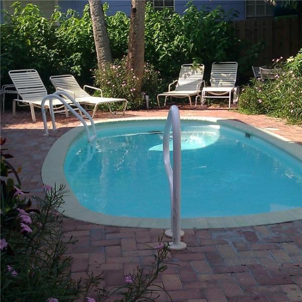 Cozy Corner Lower Unit - Image 1 - Clearwater Beach - rentals