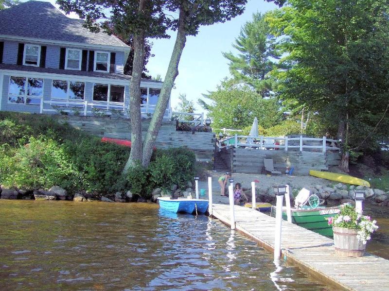 Lake Winnipesaukee-6 bedrooms, sleeps 12 - Image 1 - Tuftonboro - rentals