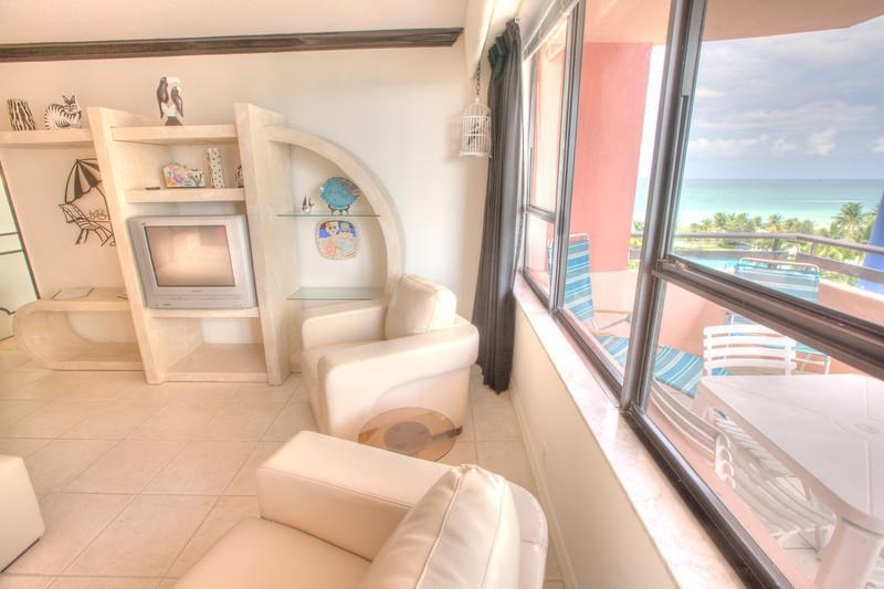 2 bedroom Condo, Oceanfront Resort- Unit 911 - Image 1 - Miami Beach - rentals