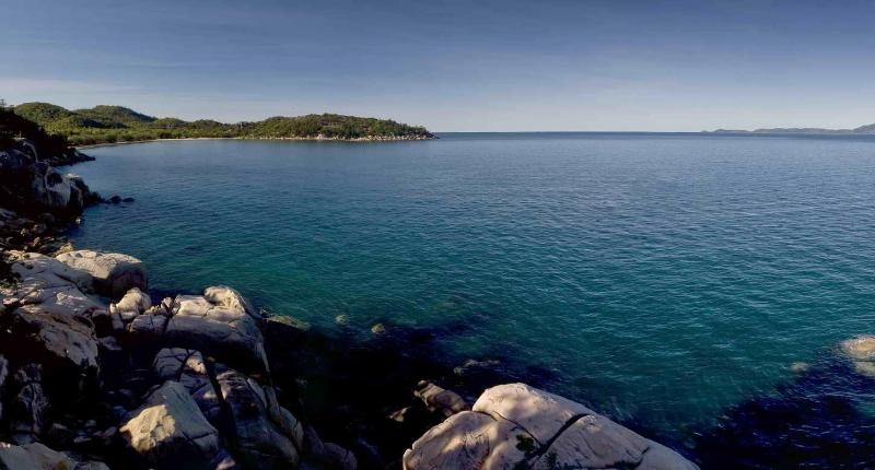 Penthouse on Bright Point - Image 1 - Magnetic Island - rentals