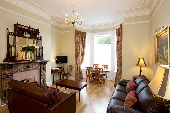 Luxurious Victorian Apt slp 6, just 10 min to city - Image 1 - Dublin - rentals