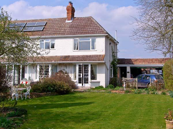 THE COTTAGE, a pet-friendly romantic cottage with garden in a rural location near Whitchurch, Ref: 13626 - Image 1 - Whitchurch - rentals