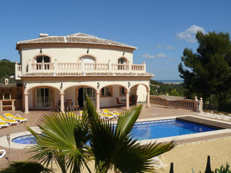 Villa Flor in Javea - Luxury 4 bedroom villa,TV, pool 10x5, airco, WiFi - Javea - rentals