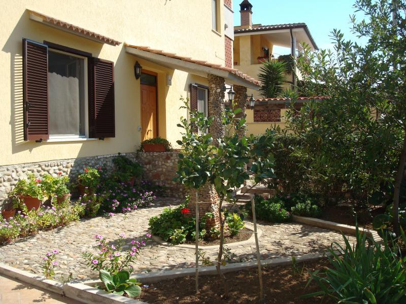 House at the beach north of Rome, Ladispoli, Italy - Image 1 - Ladispoli - rentals