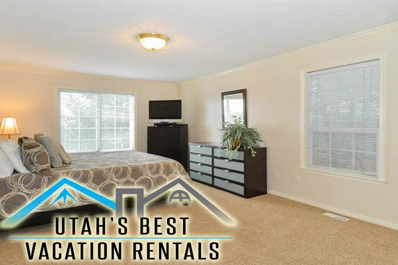 Private home in University/Sugarhouse foothills minutes to Sugarhouse district and University - SLC Foothills Duplex 5 Mins to University of Utah - Saint George - rentals