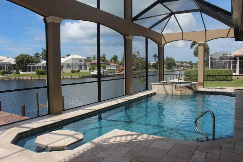 Private resort saltwater pool w/spa & built in table- lounge like you're at the Ritz Carlton! - Marco Getaway 2 BRAND NEW Luxury 4BR 2 Story Villa - Marco Island - rentals