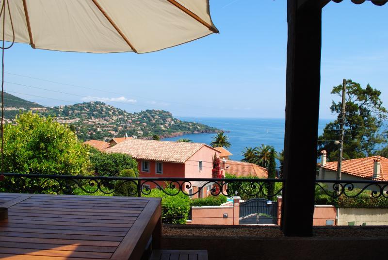 Villa Saint Raph holiday vacation villa rental france, cote d'azur, riviera, coastal france, beach, cannes, st. raphael, holiay vacation - Image 1 - Saint Raphaël - rentals
