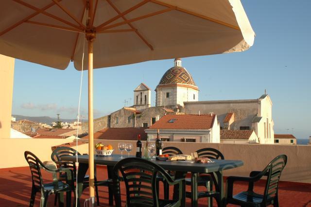 Roof terrace dining - Alghero Flat - Alghero - rentals