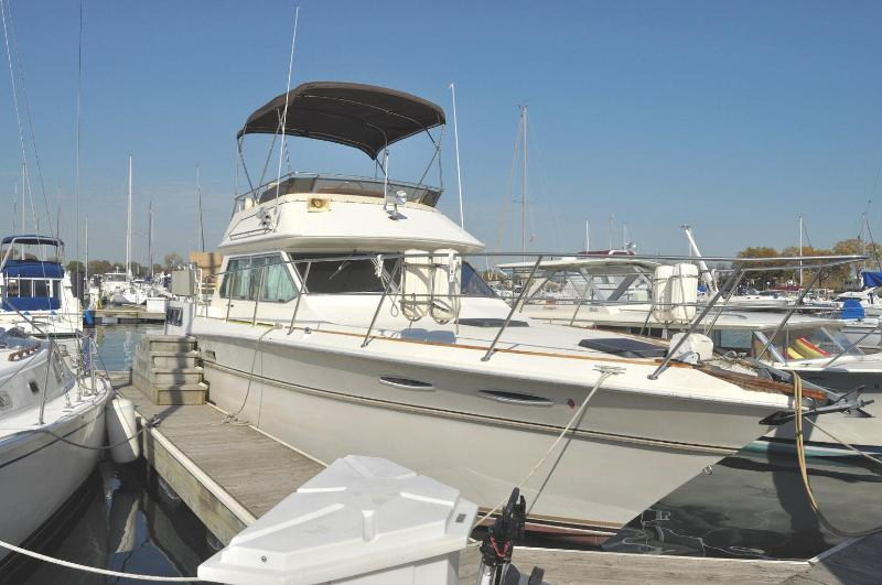 Pier Gold - Chicago's B & B Boatel - Pier Gold - B & B Boatel - For Chicago get-a-ways - Chicago - rentals
