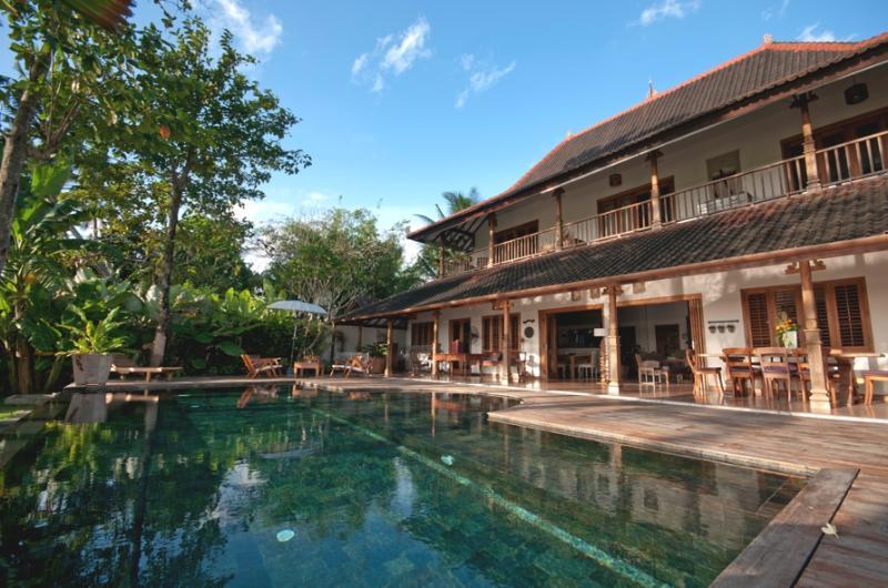 Villa Kipling - Front view - Villa Kipling, 5/6 Bedroom, Great Ricefield View ! - Canggu - rentals