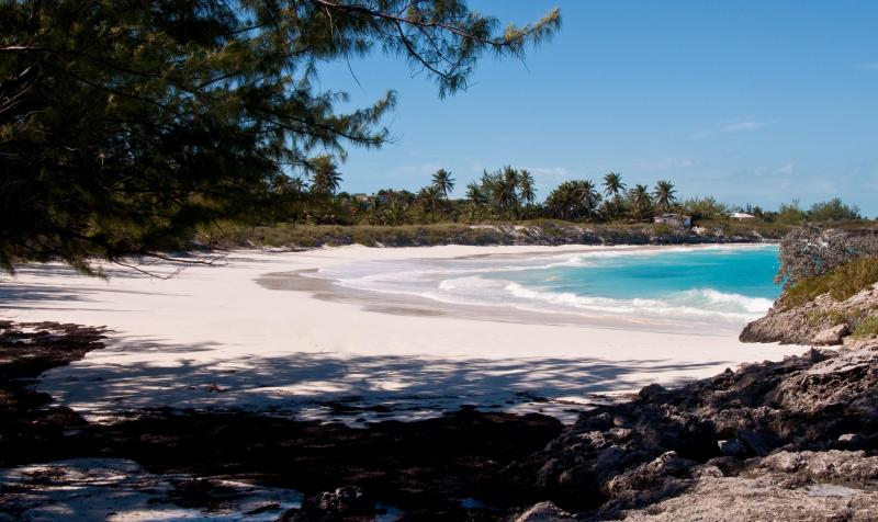 Beach on Little Exuma - Exuma Vacation Cottages - Great Exuma - rentals