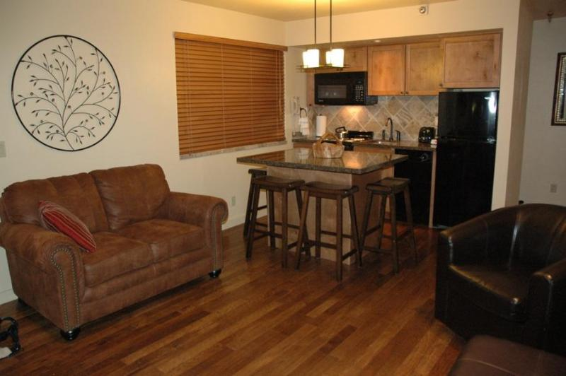 Living/Kitchen Area with Beautiful Hickory Floor - 1BR/2BA SKI-IN/OUT SLOPESIDE VIEW - NOW ONLY $99! - Park City - rentals