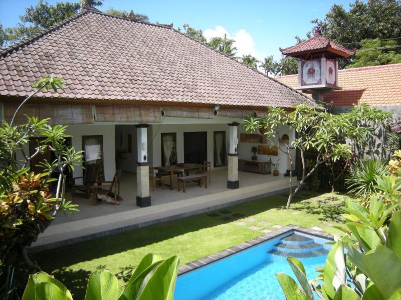 Villa Sambu amazing 2 bedrooms villa in Seminyak - Image 1 - Seminyak - rentals