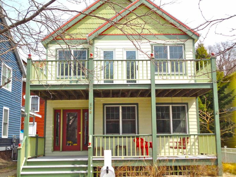 Terrapin Station front facade - TERRAPIN STATION - Sleeps 6-8 - Michigan City - rentals
