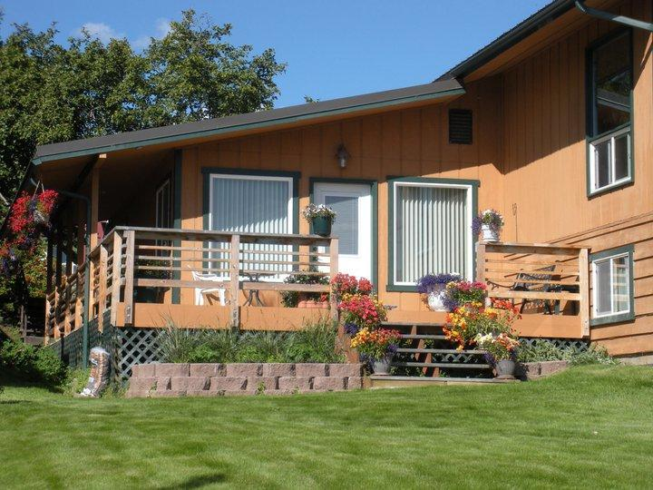 Beautiful Surroundings - Rangeview B&B - Alaska's only Bed & Dessert! - Homer - rentals