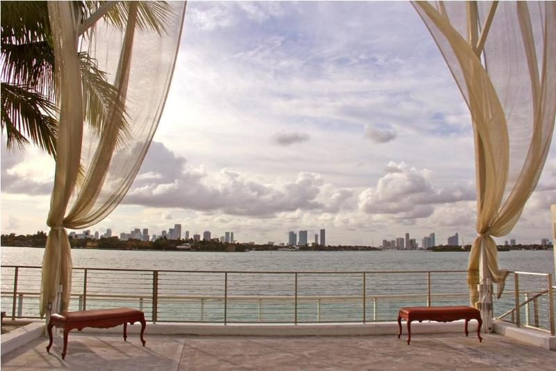 Relax by the Pool while facing the magnificent Bay! - $149ONLY 1BR Suite@The Mondrian Hotel @ SouthBeach - Miami Beach - rentals