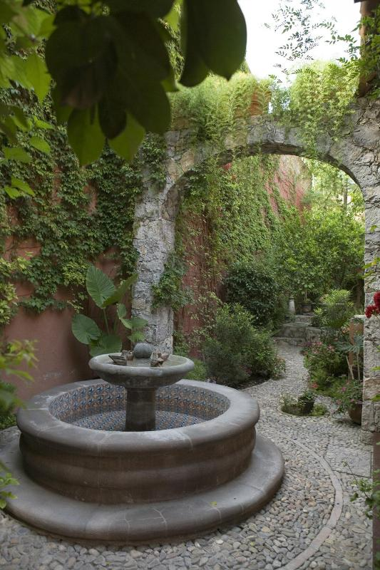 Fountain from Casa Bella entry - Magical Mexican Casa-Cooks Delight-Tranquil/Secure - San Miguel de Allende - rentals