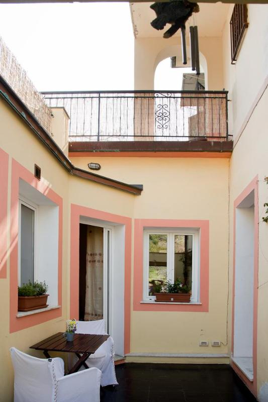 Patio/Entrance - Cozy 2 bedroom apt with terrace - Corniglia - Corniglia - rentals