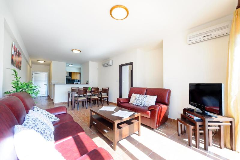 Living Room & Dining Room - APARTMENT DIONYSUS No.2 - Protaras - rentals