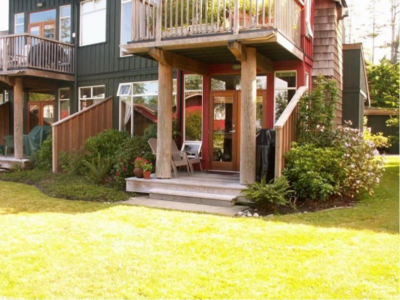Our Beachfront Condo - Tofino Beachfront Condo - 1 bedroom, 1 bath - Tofino - rentals